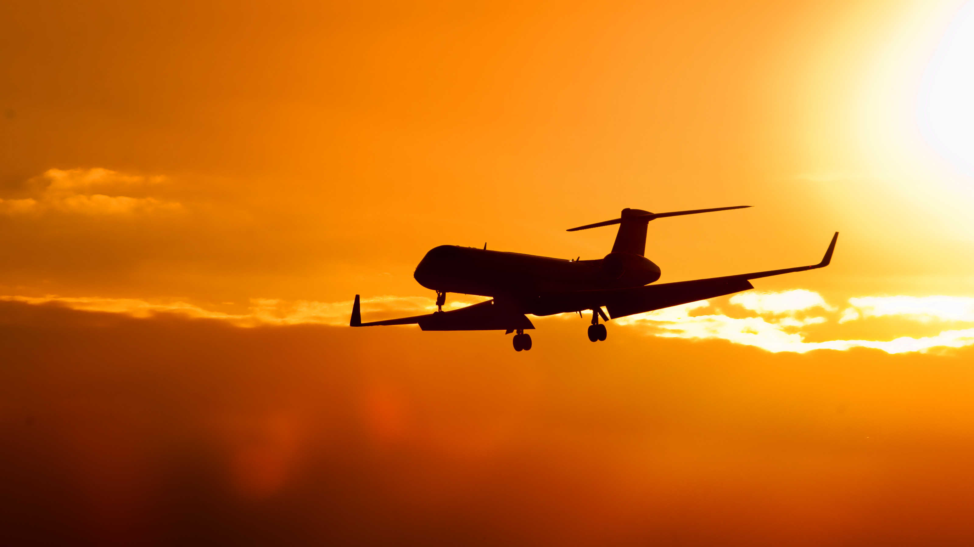 vliegtuig bij Ibiza Airport
